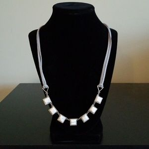 Loft grey and white marble necklace